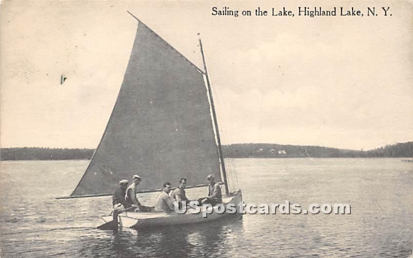 Sailing on the Lake - Highland Lake (Venoge, New York NY Postcard