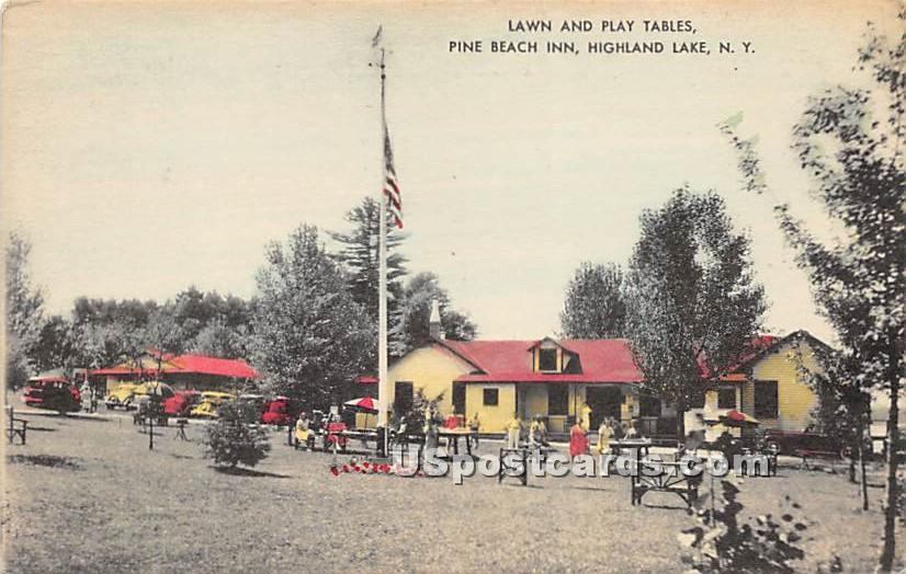 Lawn and Play Tables - Highland Lake (Venoge, New York NY Postcard