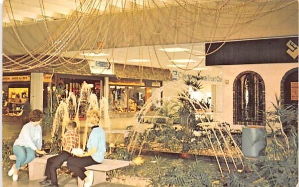 The Mall Horseheads, New York Postcard