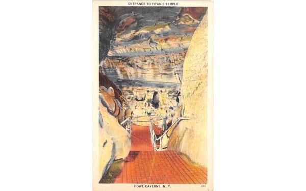 Entrance to Titan's Temple Howe Caverns, New York Postcard