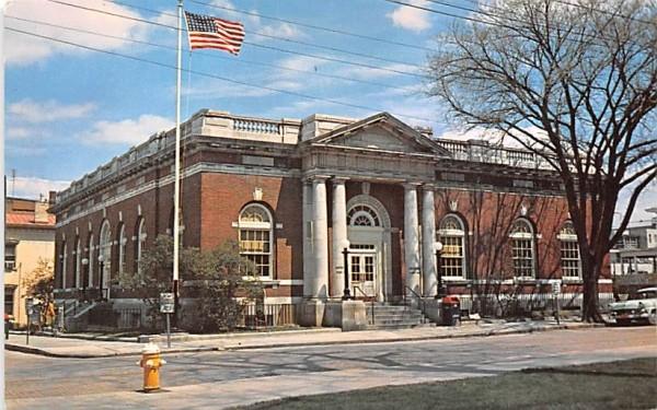 US Post Office Hudson, New York Postcard
