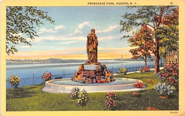 Promenade Park Hudson, New York Postcard