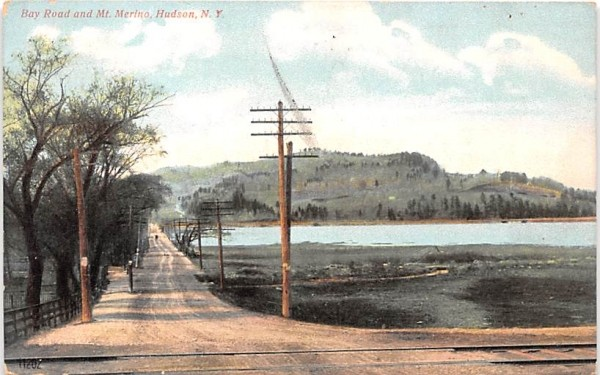 Bay Road & Mt Merino Hudson, New York Postcard