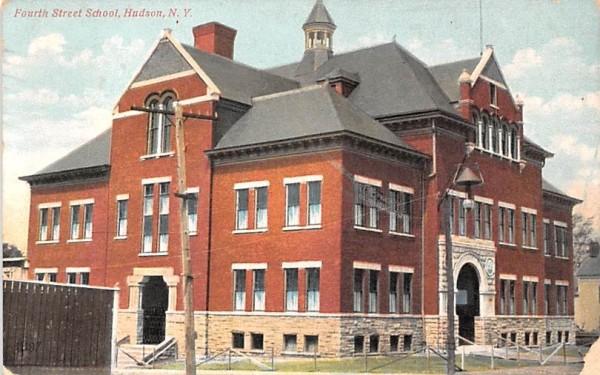 Fourth Street School Hudson, New York Postcard