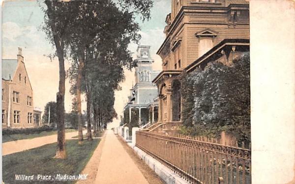 Willard Place Hudson, New York Postcard