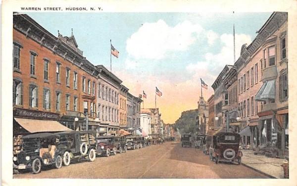 Warren Street Hudson, New York Postcard
