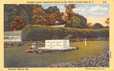 Franklin Delano Roosevelt's Grave Hyde Park, New York Postcard