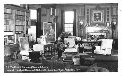 Wets End of Living Room Hyde Park, New York Postcard