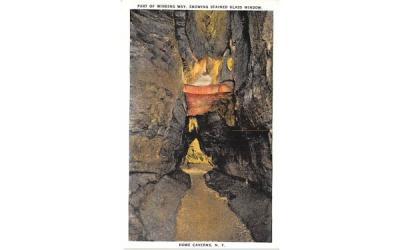Winding Way Howe Caverns, New York Postcard