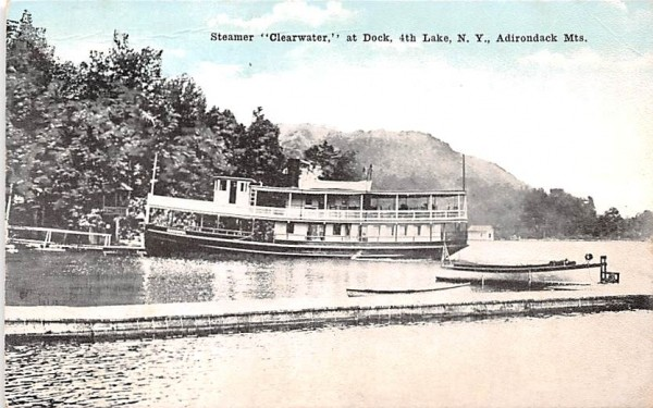 Steamer Clearwater Indian Lake, New York Postcard