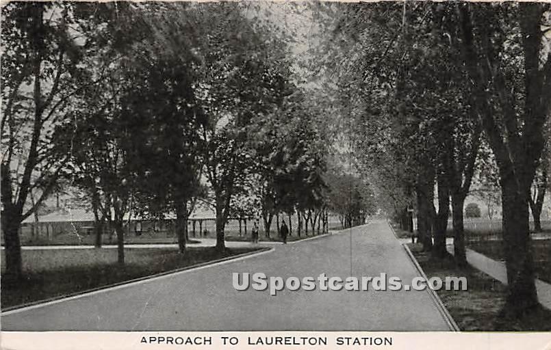 Laurelton Station - New York NY Postcard