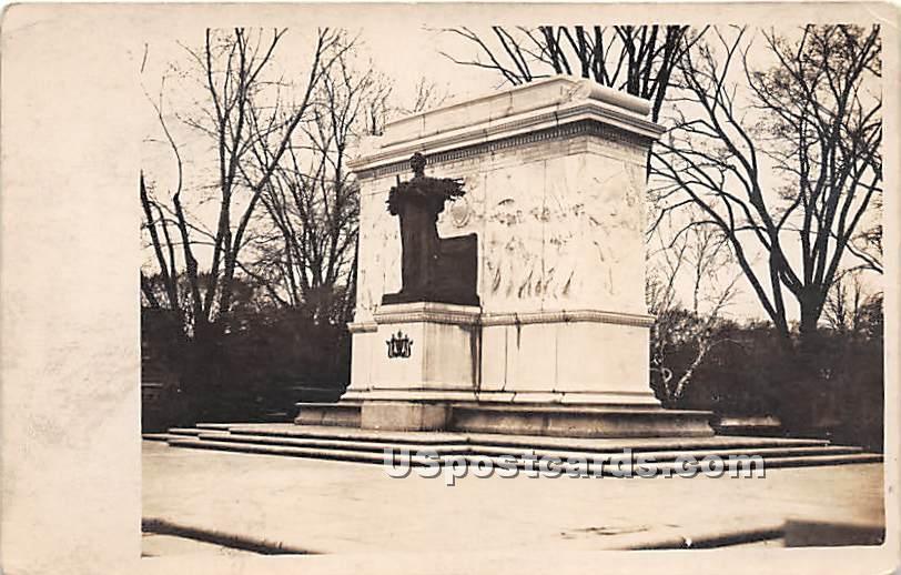 Statue - Long Island, New York NY Postcard