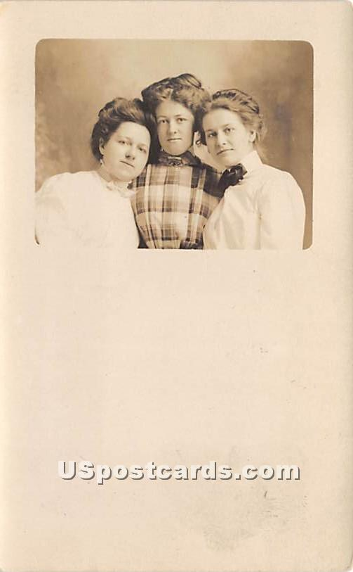 3 Young Women - Liberty, New York NY Postcard