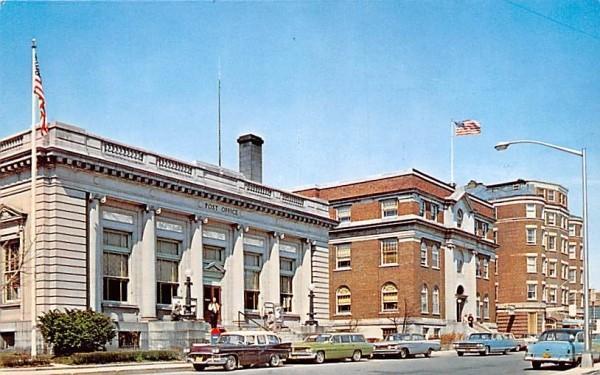 US Post Office Middletown, New York Postcard