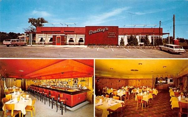 Bradley's Restaurant Middletown, New York Postcard