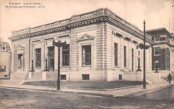 Post Office Middletown, New York Postcard