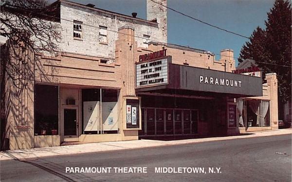 Paramount Theatre Middletown, New York Postcard