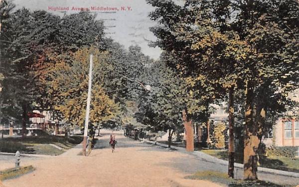 Highland Avenue Middletown, New York Postcard