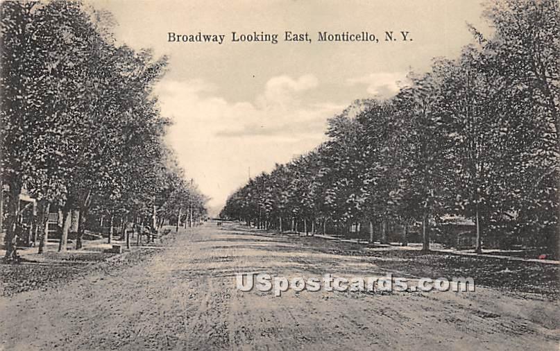Broadway - Monticello, New York NY Postcard