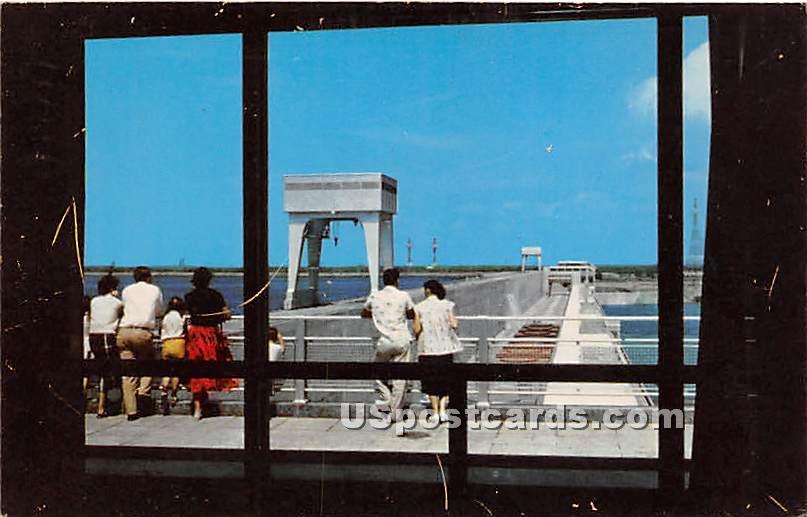 Billion Dollar St Lawrence River - Massena, New York NY Postcard
