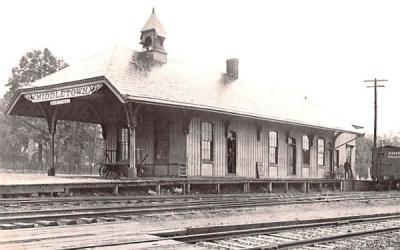 Middletown Main Street Station New York Postcard