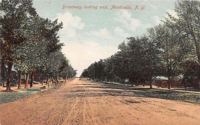 Broadway looking East Monticello, New York Postcard