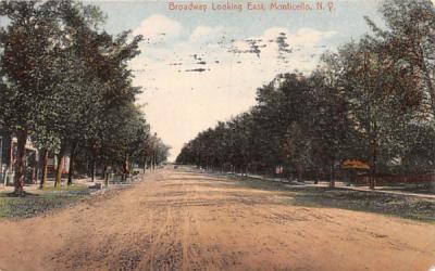 Broadway Monticello, New York Postcard