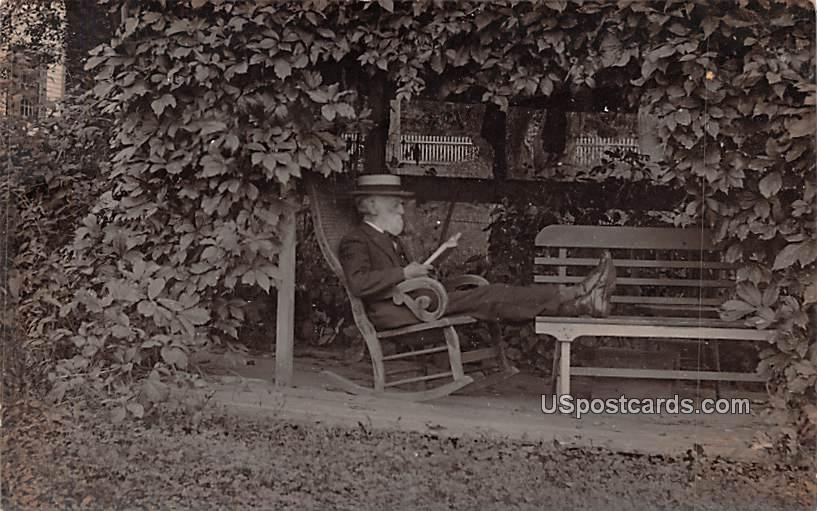 Man Relaxing - Misc, New York NY Postcard