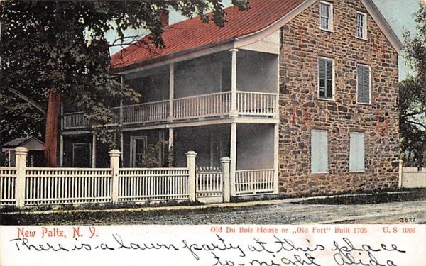 Old Du Bois House 1705 New Paltz, New York Postcard