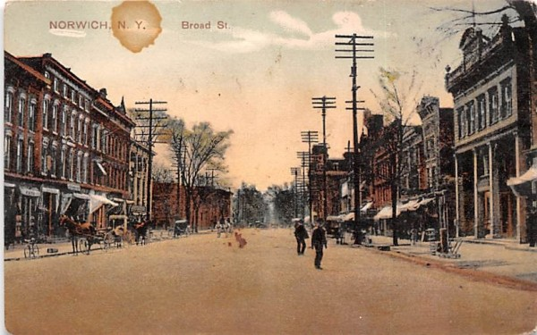 Broad Street Norwich, New York Postcard