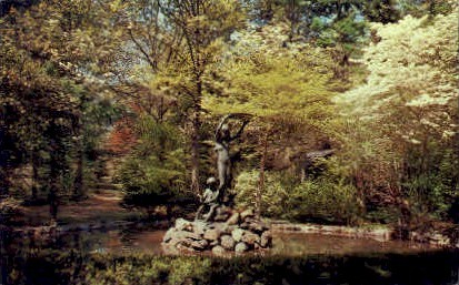 Memorial Fountain - Long Island, New York NY Postcard
