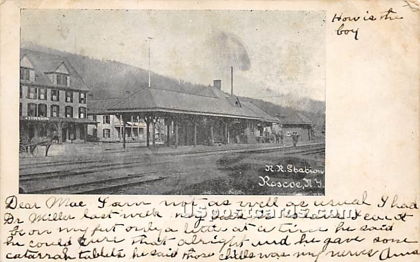 R R Station - Roscoe, New York NY Postcard