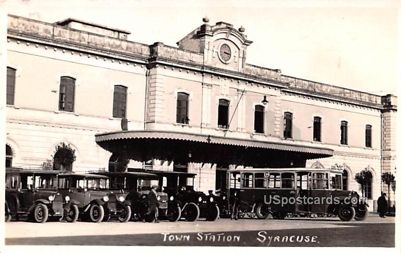 Town Station - Syracuse, New York NY Postcard