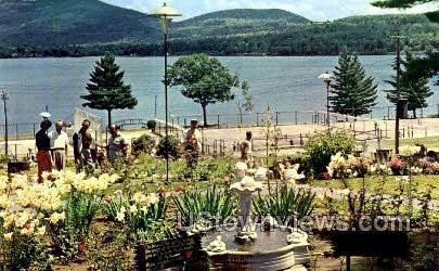 Scaroon Manor - Schroon Lake, New York NY Postcard