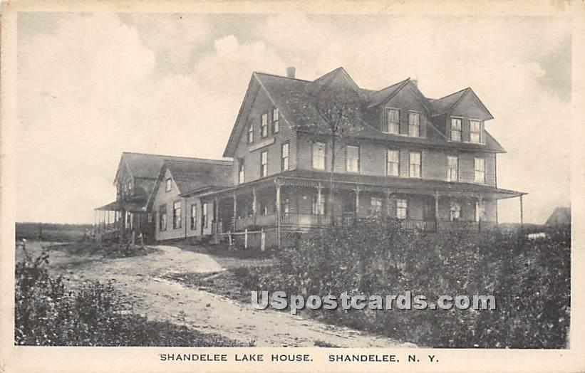 Shandelee Lake House - New York NY Postcard