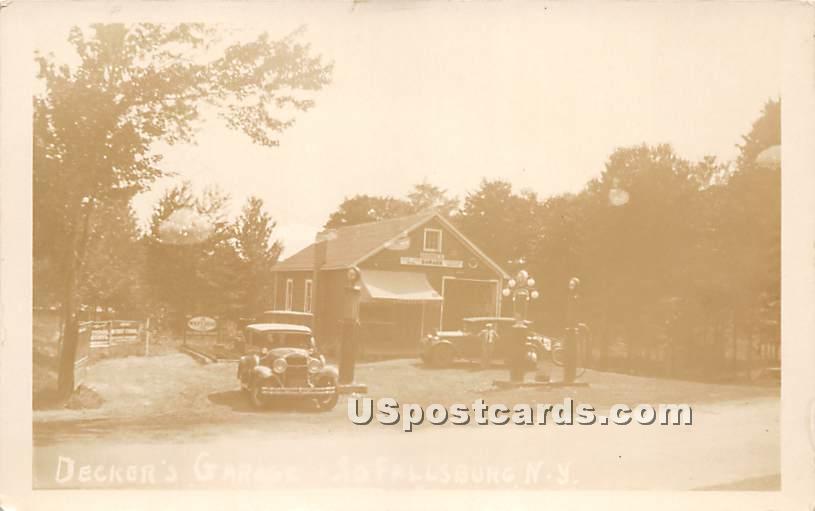 Decker's Garage - South Fallsburg, New York NY Postcard