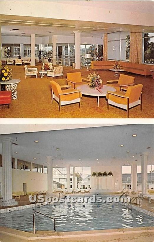 Raleigh Hotel - South Fallsburg, New York NY Postcard