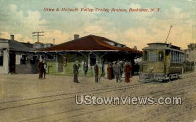 Mohawk Valley Trolley Station  - Herkimer, New York NY Postcard