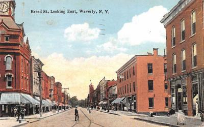 Broad Street Waverly, New York Postcard