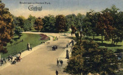 Boulevard in Gordon Park - Cleveland, Ohio OH Postcard