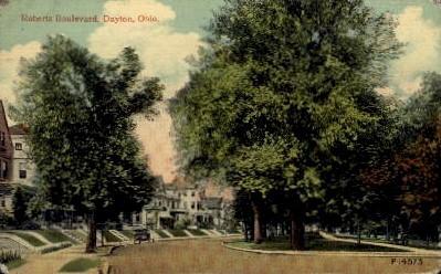 Roberts Boulevard - Dayton, Ohio OH Postcard