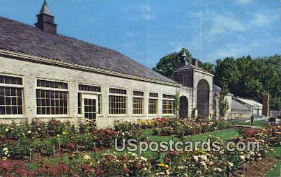Roses Kingwood Center - Mansfield, Ohio OH Postcard