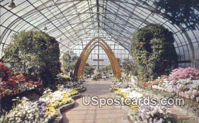 Conservatory in Eden Park - Cincinnati, Ohio OH Postcard