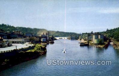 Paper Mills - Willamette River, Oregon OR Postcard