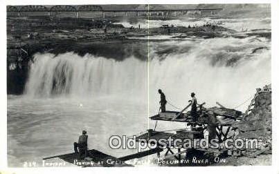 Real Photo - Indians Fishing, Celilo Falls - Columbia River, Oregon OR Postcard