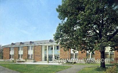 L.A. Beeghly Library Juniata College - Huntingdon, Pennsylvania PA Postcard