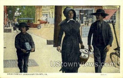 Amish Family - Lancaster, Pennsylvania PA Postcard