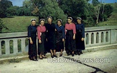 Group of Amish Girls - Lancaster, Pennsylvania PA Postcard