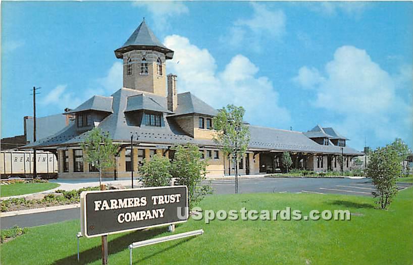 Railroad Office, Farmers Trust Co - Lebanon, Pennsylvania PA Postcard