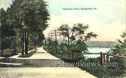 Delaware Drive - Matamoras, Pennsylvania PA Postcard